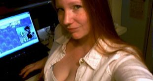 Selfie décolleté gros seins