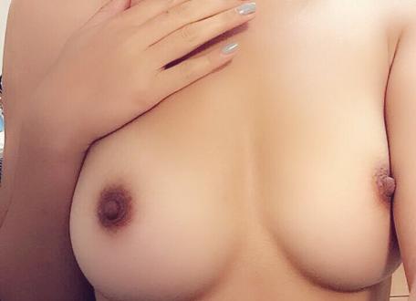 Selfie coquin de mes seins